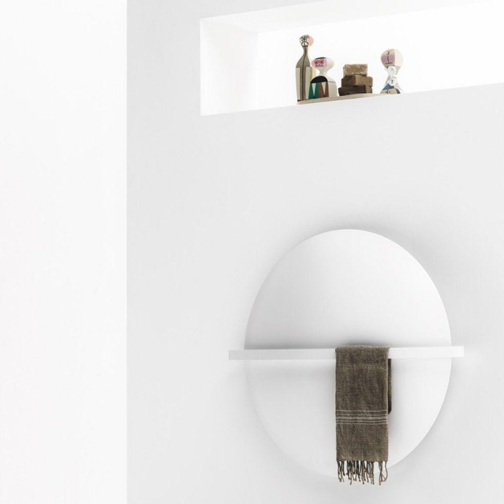 Dizajnerski radijator Saturn and Moon italijanskog brenda Antrax